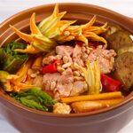 Cách nấu lẩu ngon hấp dẫn thích hợp để gia đình sum họp ngày Tết Dương Lịch