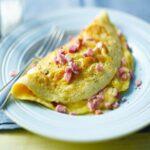 Cách làm Trứng rán phô mai với giăm bông