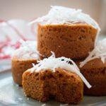Cách làm bánh bông lan caramel cực ngon mà đơn giản.